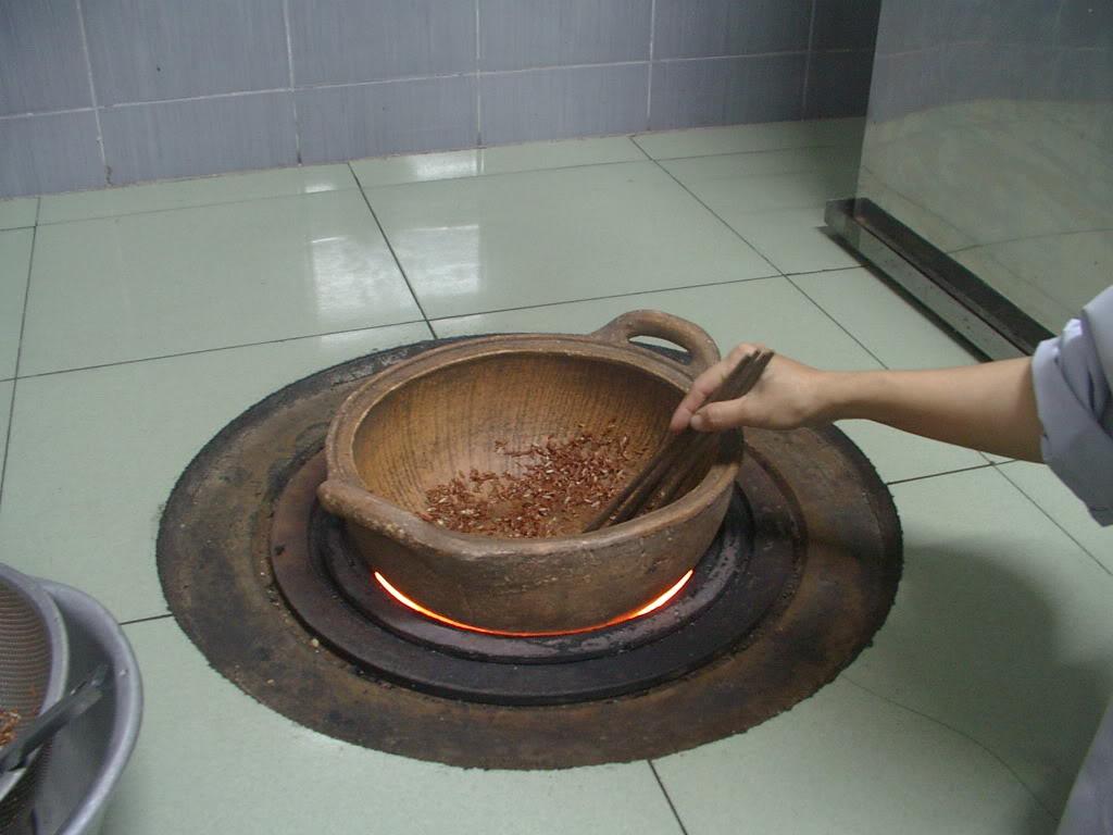 Cach lam gao lut rang don gian co the dung lien