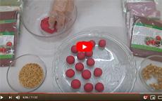 Cách làm bánh trôi màu hồng bột củ dền [video]