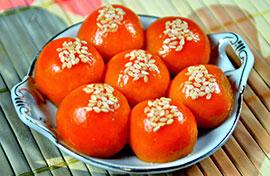 Cách làm bánh trôi màu đỏ bột gấc khô rực rỡ cho Tết Hàn thực
